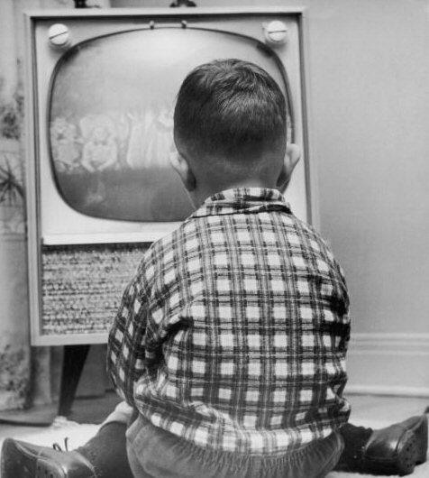 que trist que alguns nens tinguin la tv com a millor amic